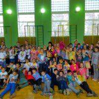 Свято «Козацькі забави» серед 4 класів