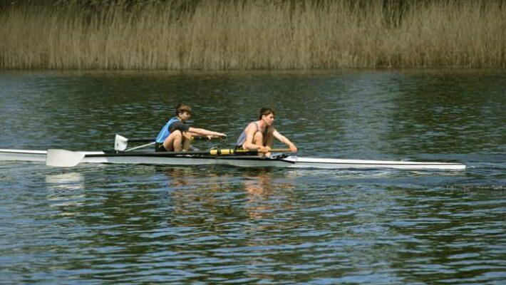 Вітаємо учнів КГСМ №1- переможців з змагань з академічного веслування